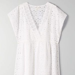 Brand new Aritzia eyelet dress